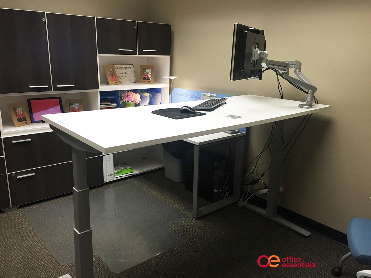 Thinking About a Standing Desk? Here Are 5 Things To Think About First.